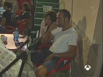 Una familia, preocupada en Coruxo por los incendios