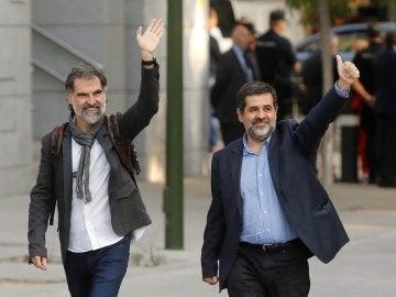 Jordi Cuixart, líder de Òmnium Cultural, y Jordi Sànchez, dirigente de la ANC