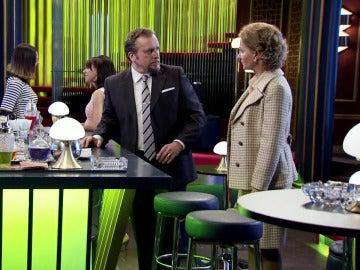 Matilde interrumpe un nuevo encuentro entre Charo y Ernesto