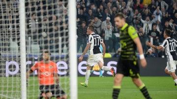 Mandzukic celebra su gol ante el Sporting