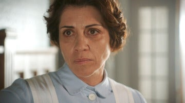 Carmen, sin estar recuperada, retoma el mando del hospital