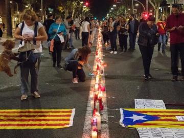 Concentración en la Avenida de la Diagonal de Barcelona convocada anoche por Omnium Cultural y la ANC para pedir la libertad de sus líderes