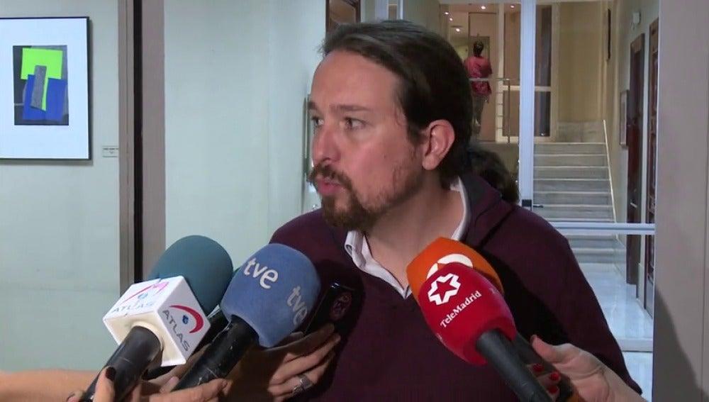 Podemos garantiza que si el PP y  el PSOE quieren cambiar la Constitución obligaremos a hacerlo en referéndum
