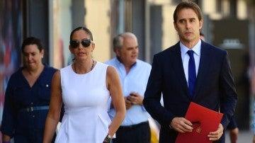 María José Claramunt junto a Julen Lopetegui