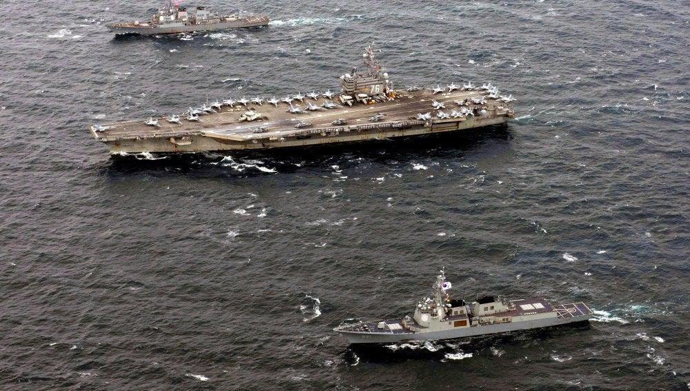 El portaaviones estadounidense USS Ronald Reagan