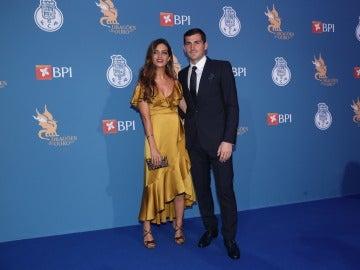 Iker Casillas y Sara Carbonero sobre la alfombra azul