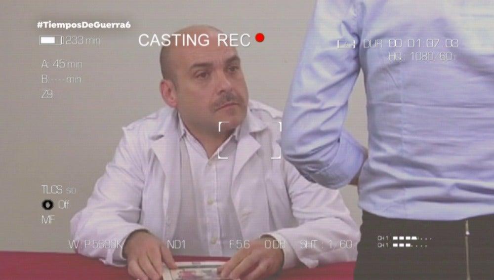 Federico Pérez pone el punto de comedia como Guillermo en 'Tiempos de guerra'
