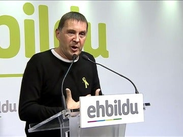 """Otegi cree que """"algún día"""" se proclamará la república vasca tras la """"gran lección"""" que ha dado Cataluña"""