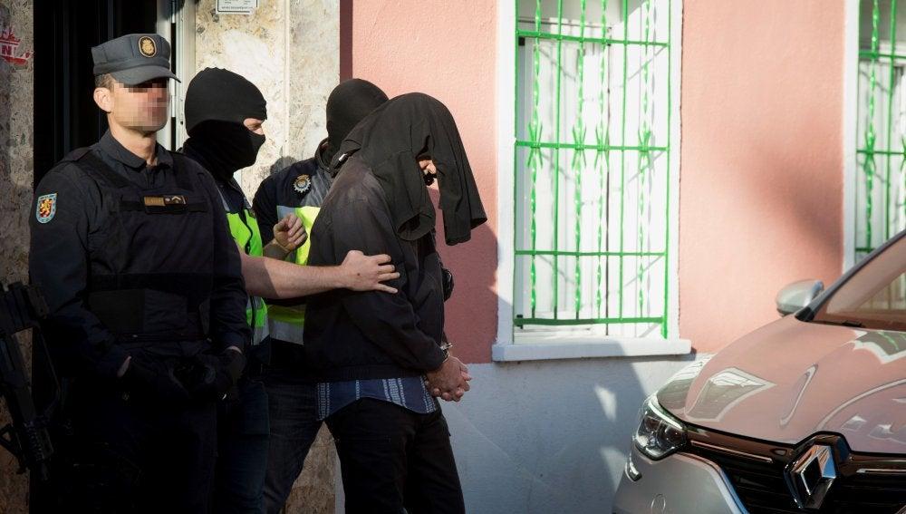 """A prisión el español """"Yusuf Galán"""", considerado un cibersoldado del Dáesh"""