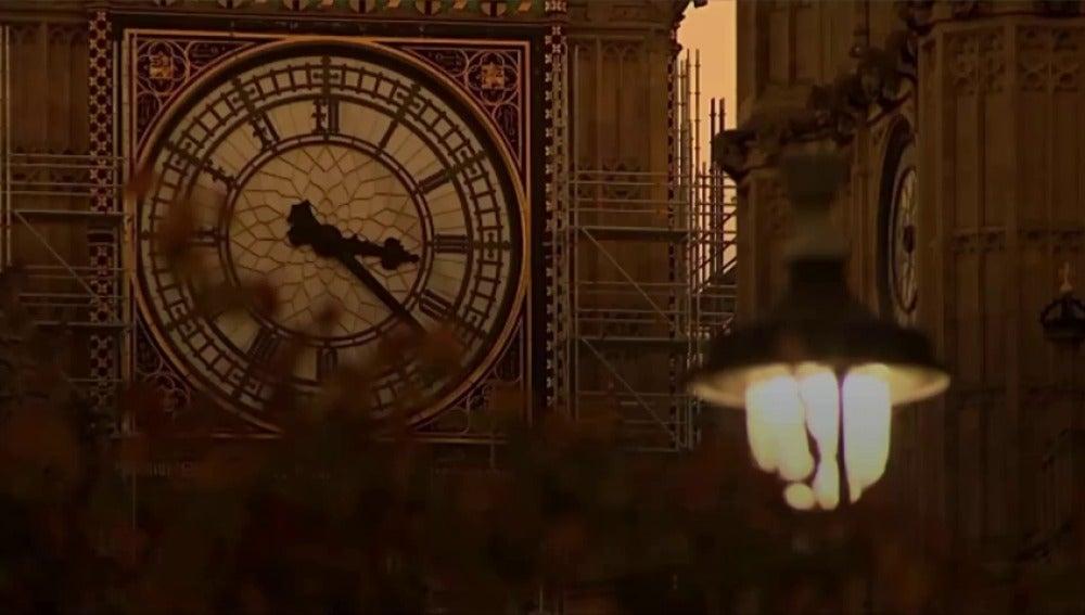 Antena 3 tv qui n se invent el cambio de hora en oto o for En 1761 se descubrio la de venus