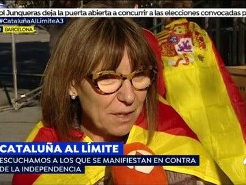 """""""No pensamos irnos, queremos que se nos oiga, queremos que nos escuchen"""", reacciones en la manidestación por la unidad de España"""