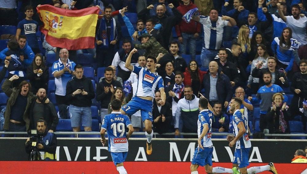Gerard Moreno celebra su gol contra el Betis