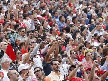 Homenaje a las víctimas del terremoto en el GP de México
