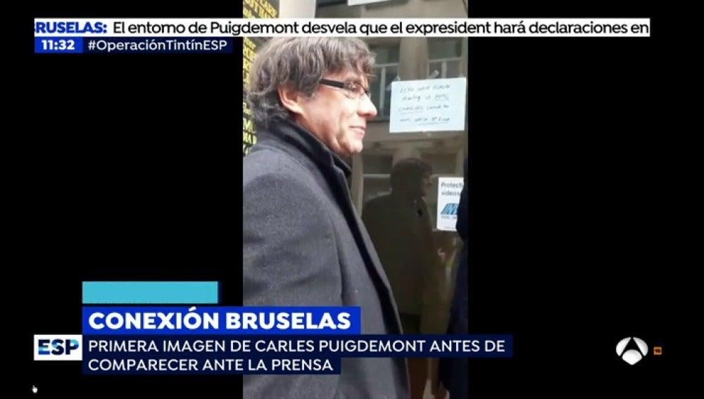 Primeras imágenes de Carles Puigdemont en Bruselas antes de comparecer ante la prensa