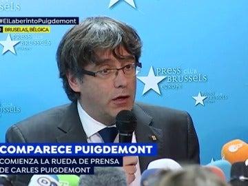 """Rueda de prensa de Puigdemont: acepta el """"reto"""" del 21-D y afirma que no han abandonado sus funciones"""