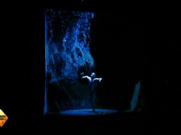 Jared Leto descubre el mundo tridimensional dónde su música baila al son de la luz