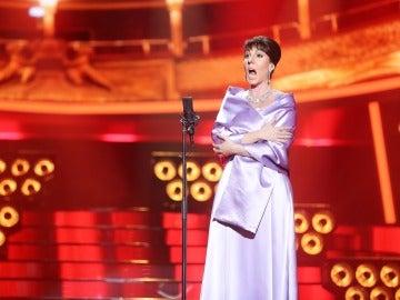 Diana Navarro se viste de 'Casta Diva' para dejarnos la boca abierta como María Callas