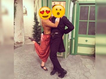 El divertido y romántico posado de Marta Tomasa y Jordi Coll