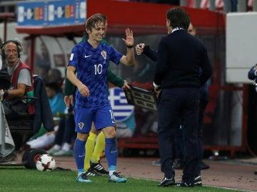 Modric, feliz tras lograr el billete al Mundial de Rusia