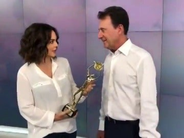 Matías Prats y Mónica Carrillo hablan sobre su Antena de Oro