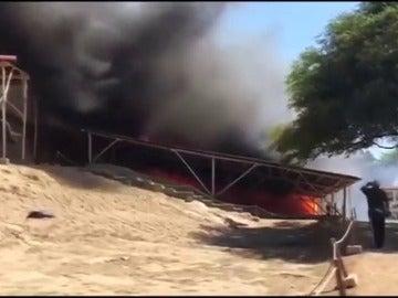 Milenario complejo arqueológico peruano queda completamente destruido por un incendio