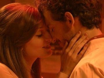 Javier y Susana viven su amor a escondidas