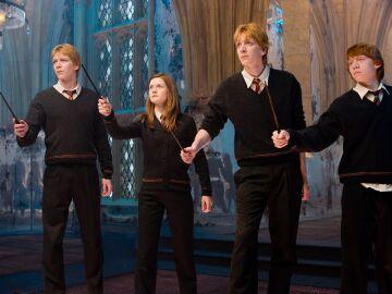Los hermanos Weasley en Hogwarts
