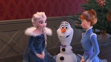 Anna, Elsa y Olaf en el nuevo corto 'Frozen: Una aventura de Olaf'