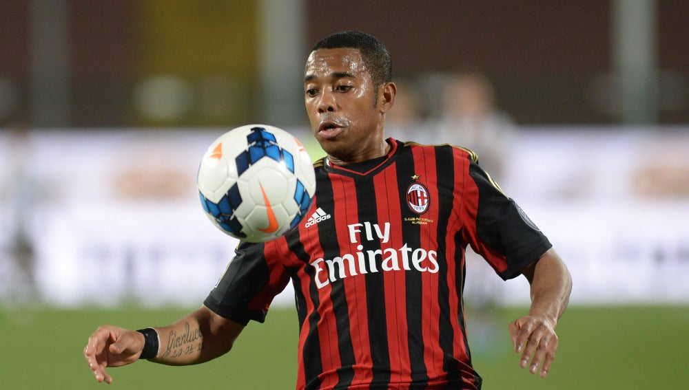Robinho, en un partido en su etapa con el Milan