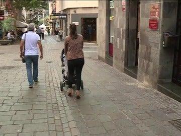 Cáritas avisa de un nuevo fenómeno de pobreza juvenil, los 'sinkies'