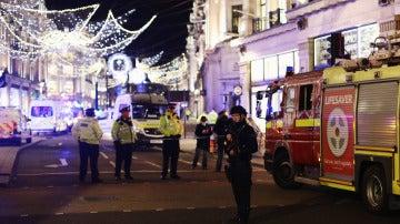 """La Policía investiga un """"incidente"""" en el metro Oxford Circus en Londres"""