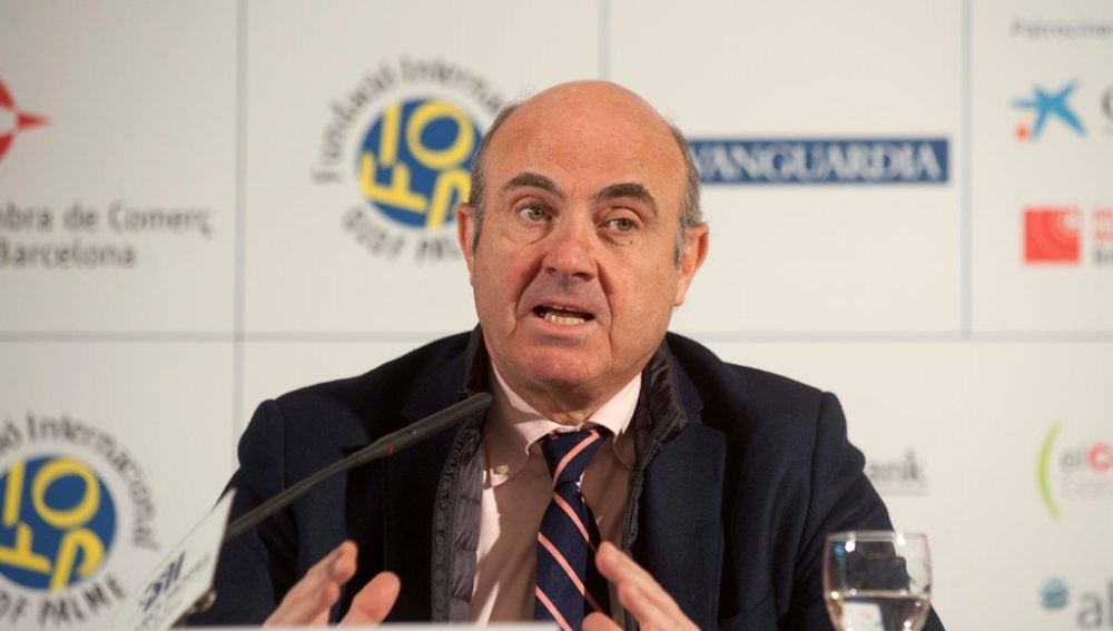 El ministro de Economía, Luis de Guindos, en el foro económico S'Agarö