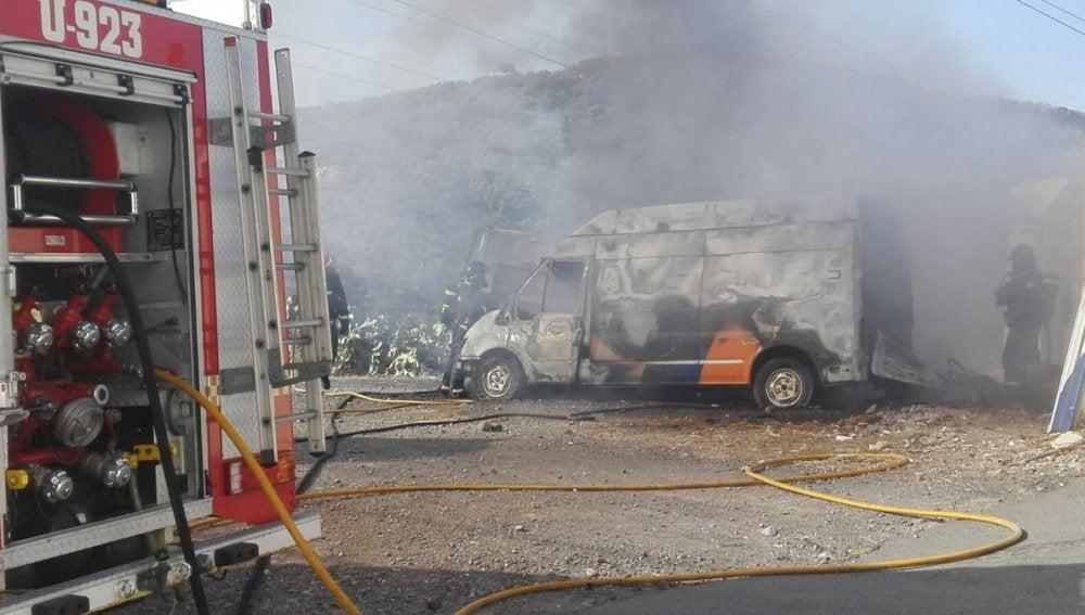 Las ambulancias quemadas