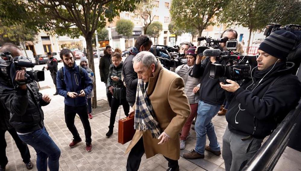 Carlos Bacaicoa, abogado de la joven madrileña presuntamente violada por 'La Manada' en los Sanfermines de 2016