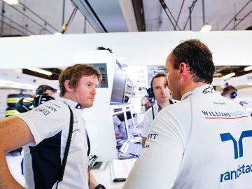 Robert Kubica durante el test de neumáticos en Pirelli
