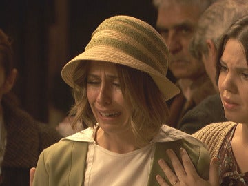 La muerte de Candela destroza los corazones de Puente Viejo