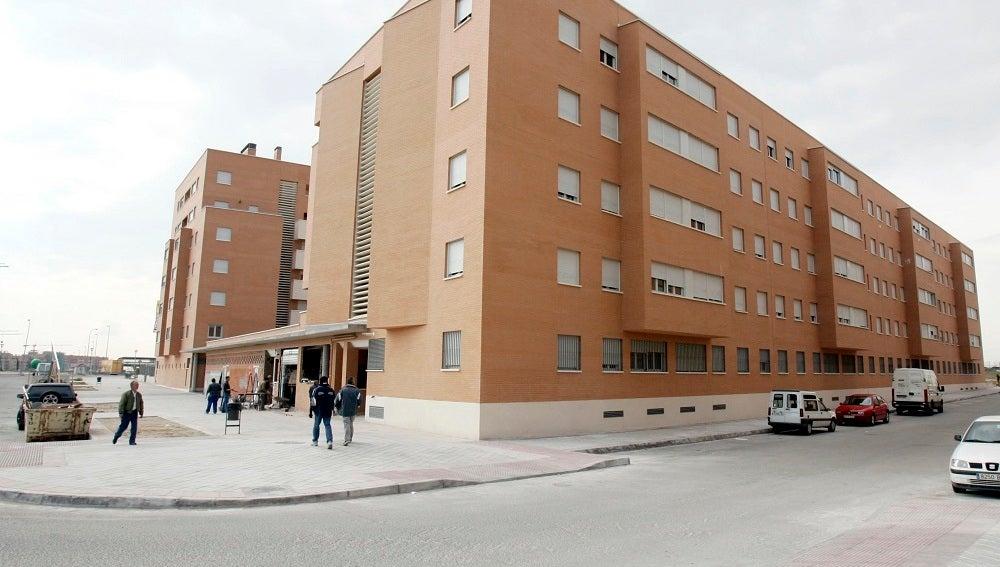 En la imagen, un edificio de viviendas.
