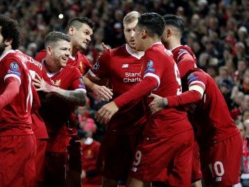 Los jugadores del Liverpool celebran uno de sus goles ante el Spartak