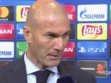 """Zidane: """"La lesión de Varane es preocupante, esperemos que sea poco"""""""