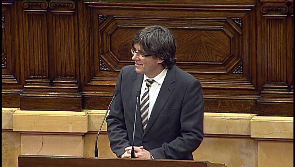 El dilema de Puigdemont: ¿volver a España para recoger su acta de diputado y ser detenido o permanecer en Bruselas y renunciar al escaño?