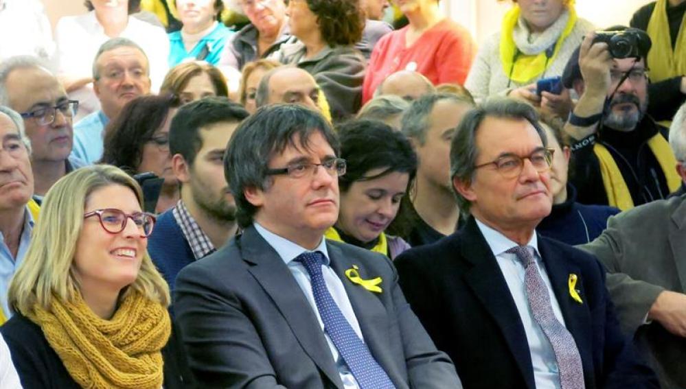 Carles Puigdemont y Artur Mas en un acto en Bruselas