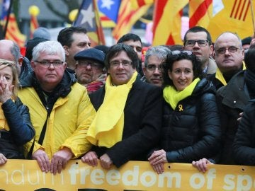 Puigdemont con Marta Rovira en Bruselas