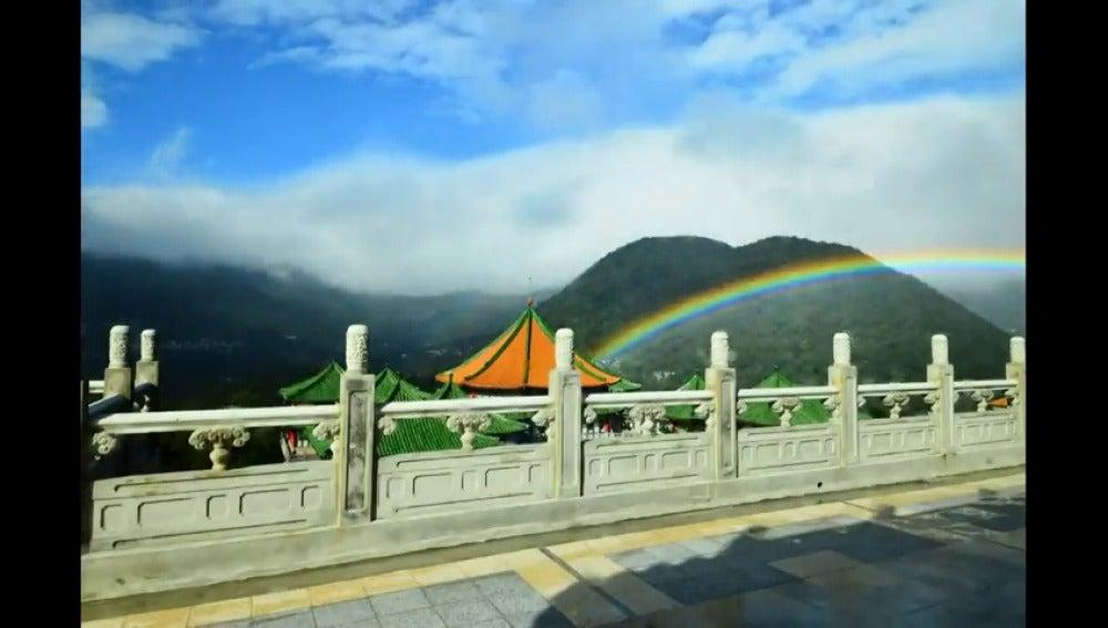 Un arcoíris bate el récord del mundo tras brillar durante nueve horas sobre el cielo de Taiwán