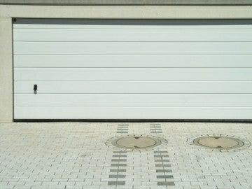 Puerta de un garaje