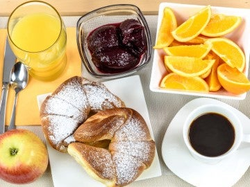 Un desayuno completo.