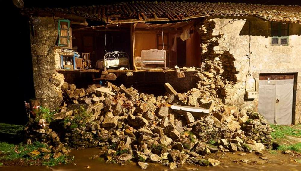 Destrozos en Galicia tras el paso de la borrasca 'Ana'