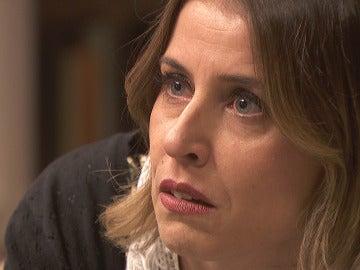 Adela, aterrada por el fin de Severo y Carmelo