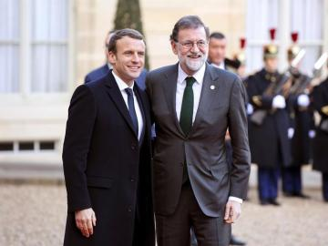 Mariano Rajoy junto a Emmanuel Macron