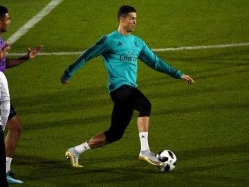 Cristiano Ronaldo, en un entrenamiento en Abu Dabi