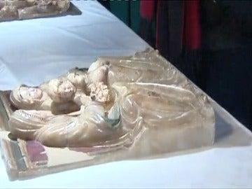 Primeras visitas al Monasterio de Villanueva de Sijena para contemplar las obras procedentes del Museo de LLeida.